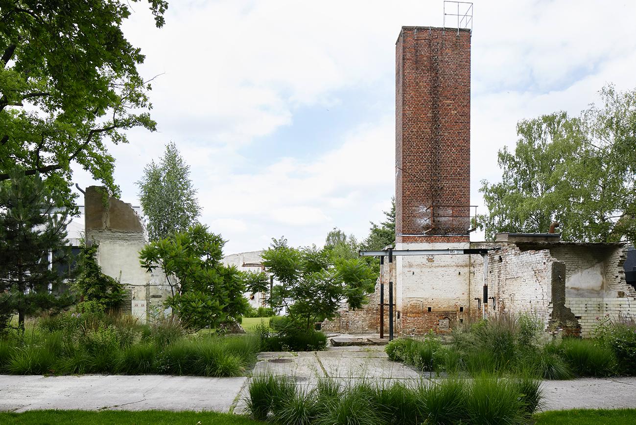 Ruinengarten 01 Tanja Lincke Architekten