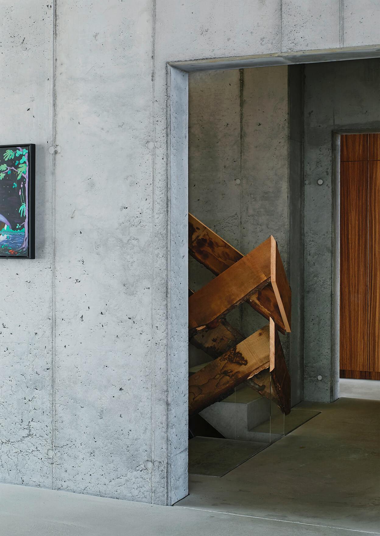 Haus an der Spree, Treppengeländer
